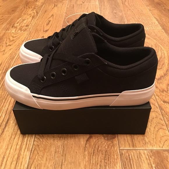 exclusive deals wide selection new lifestyle DC Danni TX Black Canvas Women's Skate Shoes NEW